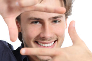 Transform your smile with porcelain veneers in Chaska.